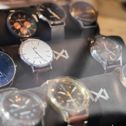 Expositor de relojes