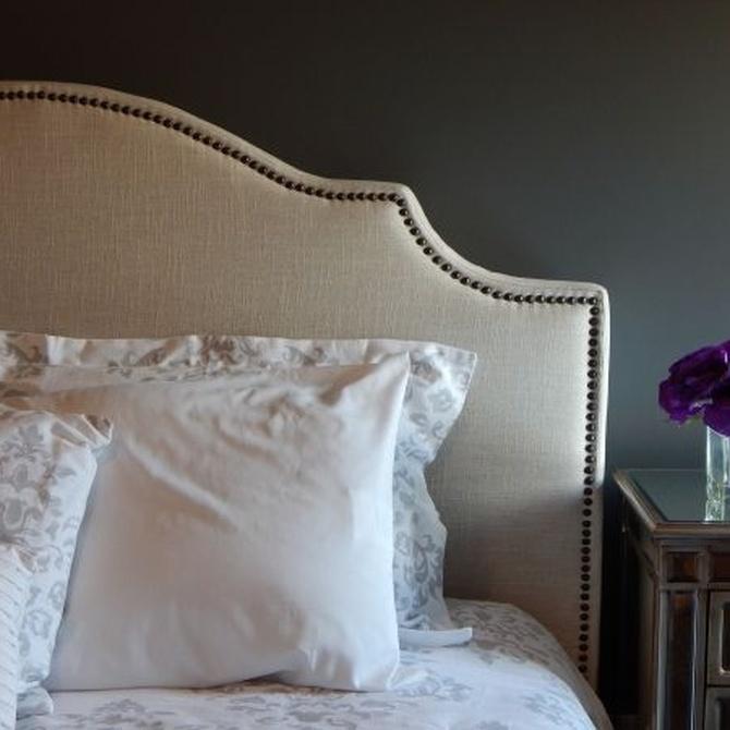 Renueva tu dormitorio tapizando el cabecero de la cama