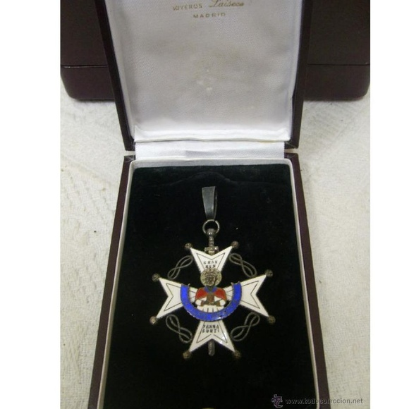 Encomienda de la Orden de San Raimunod de Peñafort. Época de Franco: Catálogo de Antiga Compra-Venta