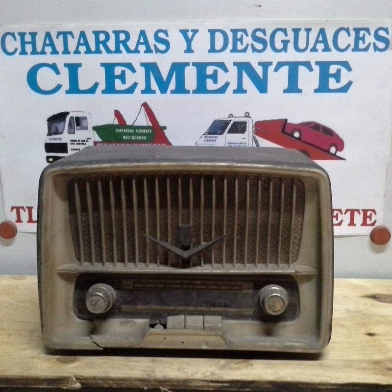 radio antigua en chatarra clemente de albacete