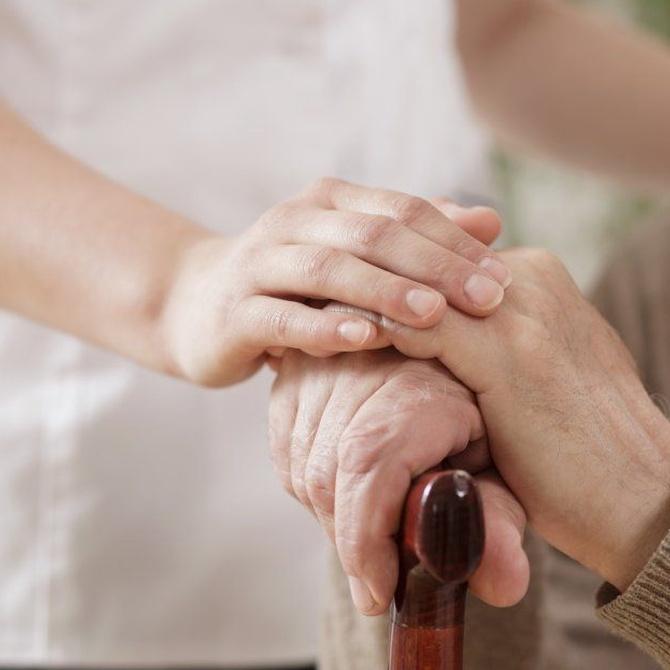 La deuda que tenemos como sociedad con las personas ancianas