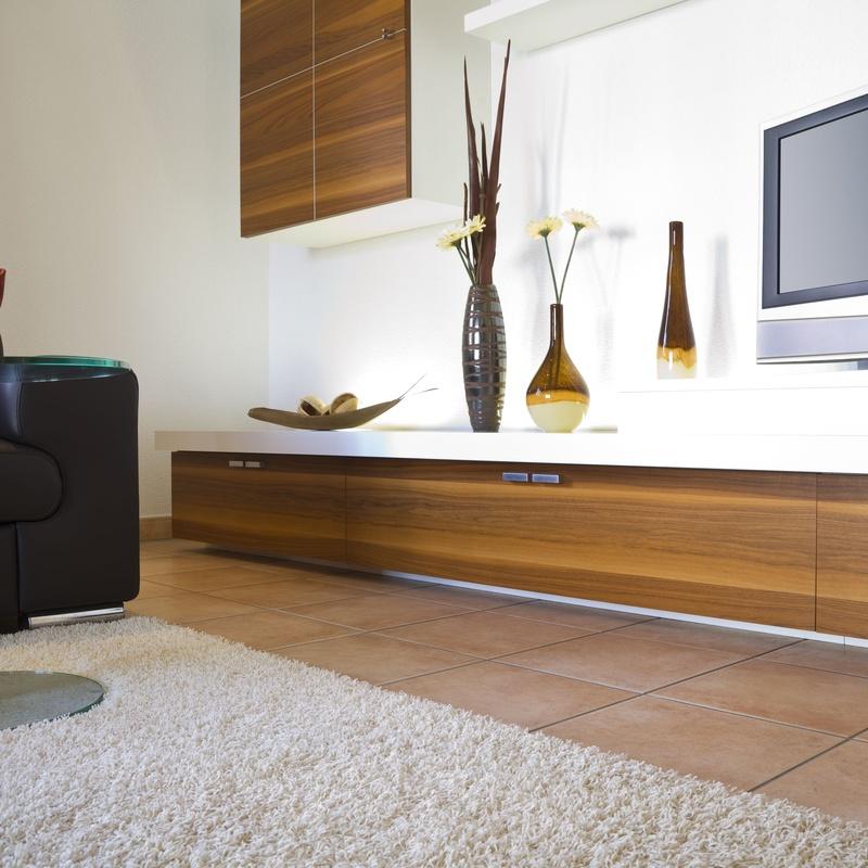 Muebles nuevos y de segunda mano
