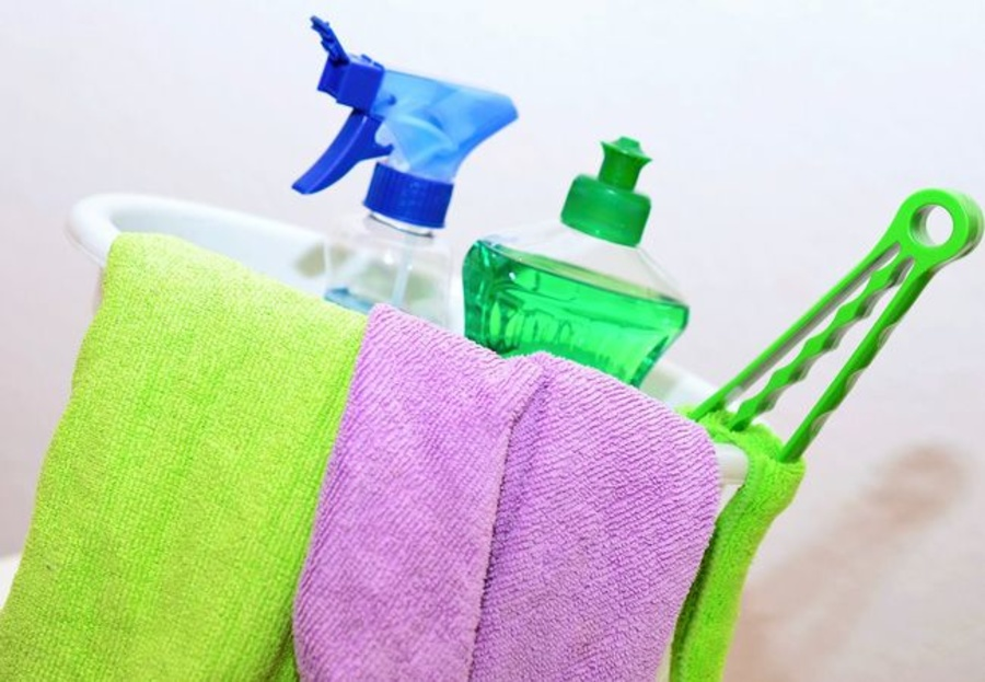 Para limpiar, sustituye la lejía por el vinagre