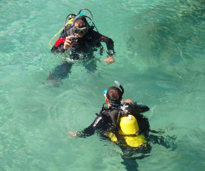 Curso de buceo en Scuba Plus Menorca, Try Scuba Diving, Bautizo de buceo, iniciación al buceo