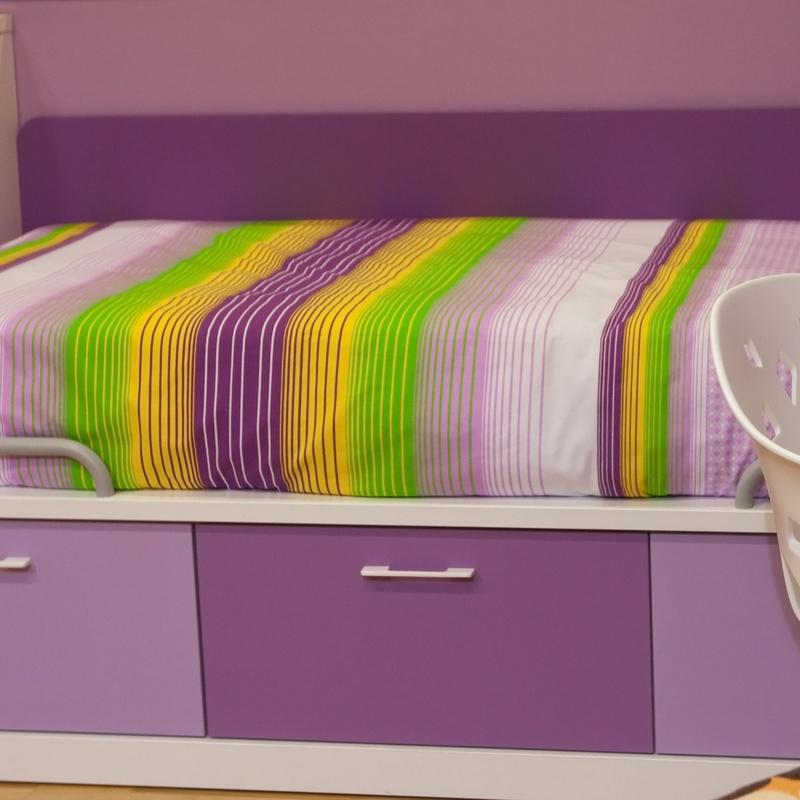 Dormitorios infantiles: Nuestros muebles de Muebles Aquilino
