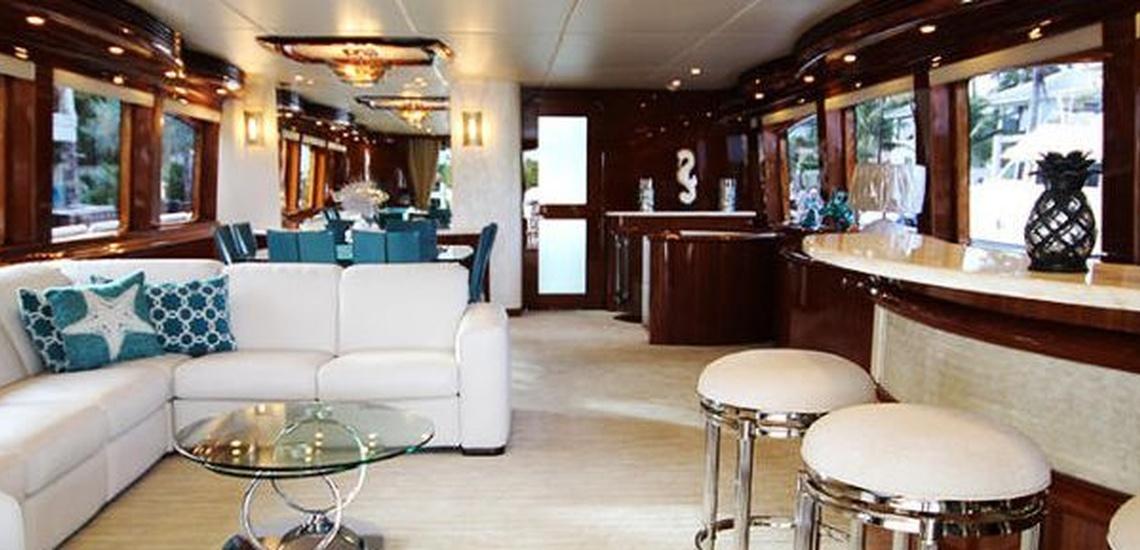 Empresa de limpieza de yates en Baleares para conservar tu embarcación en las mejores condiciones