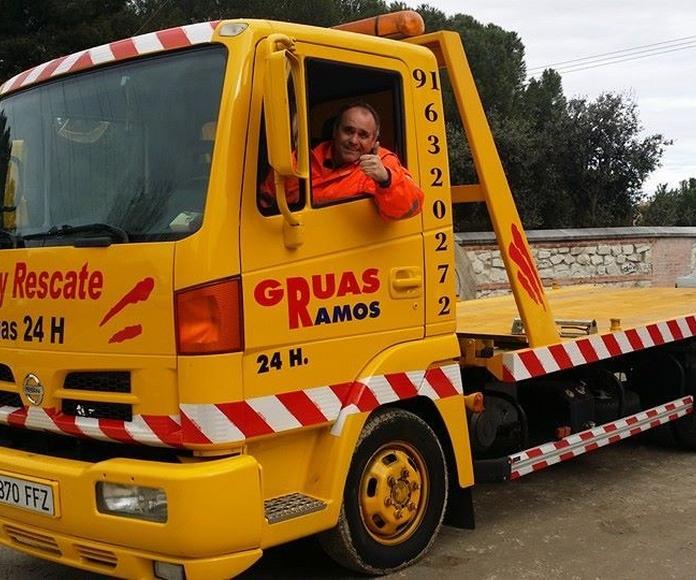 Grúas adaptadas a garajes: Servicios de Ayuda y Rescate 24 Horas