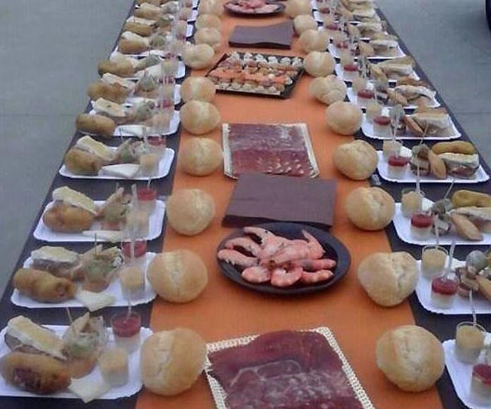 Comida popular para 250 personas