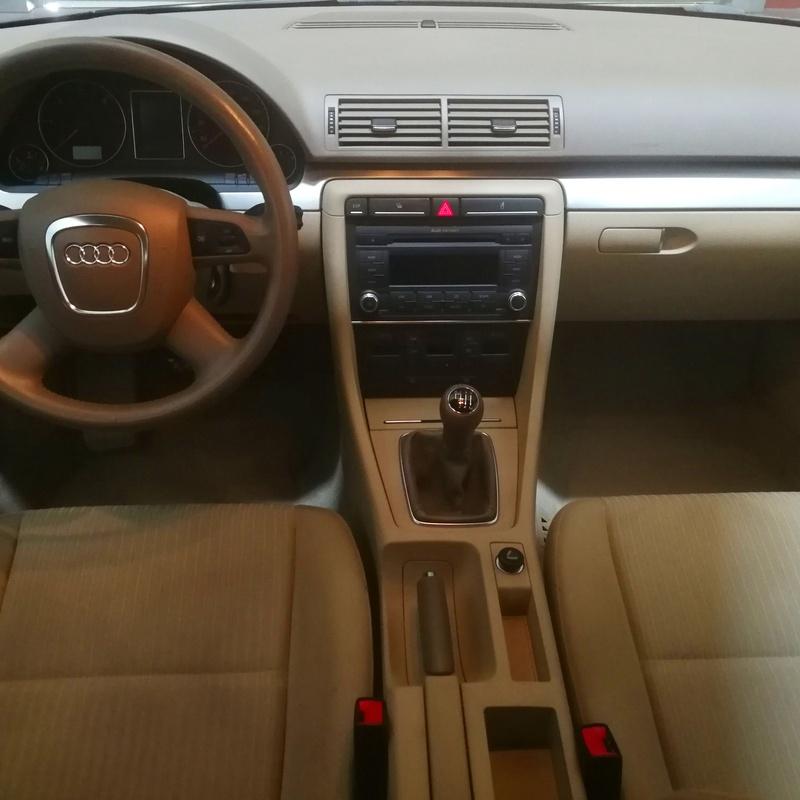 Audi A4 2.0TDI: SERVICIOS Y STOCK DE COCHES de Vaquerizo Motor