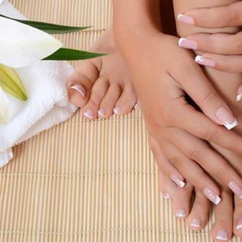 Manos y pies: Servicios y productos de Salón de Belleza Dafne