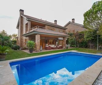 NAVE INDUSTRIAL EN LOS ROSALES DE MOSTOLES: INMUEBLES TOP de Arroyo House