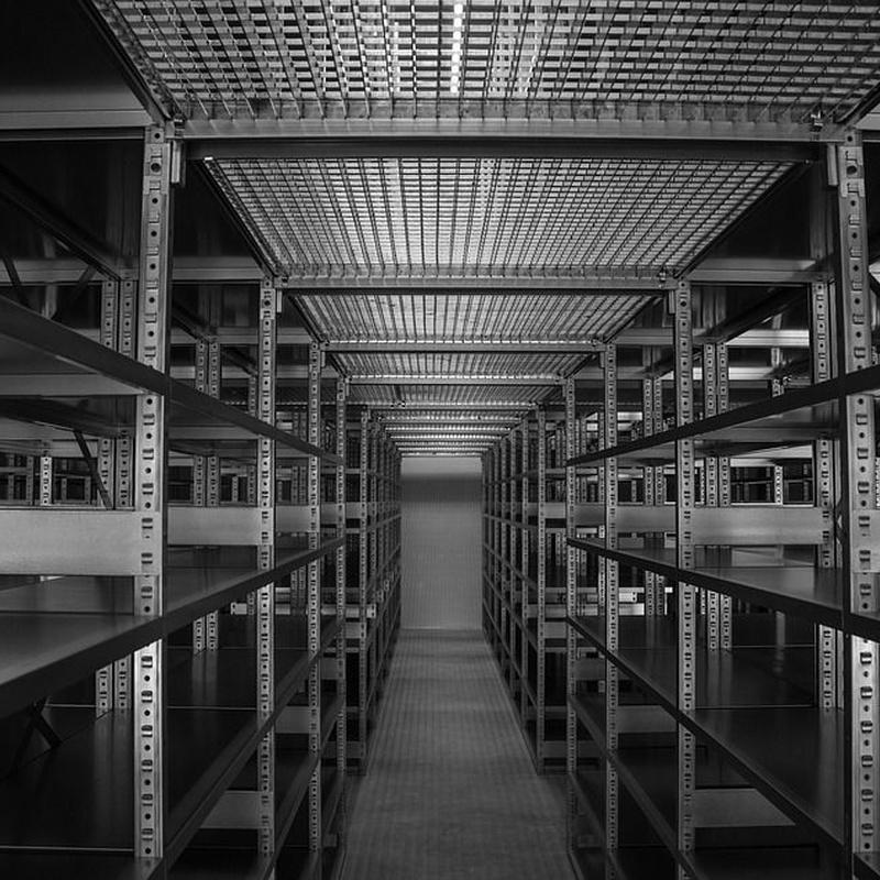 Estructuras metálicas y cerramientos de naves industriales: Servicios de CM Marcu