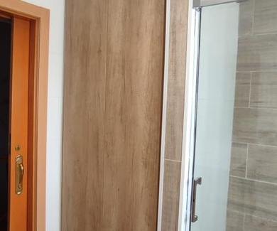 Fabricación e instalación de armarios de lavabo a medida