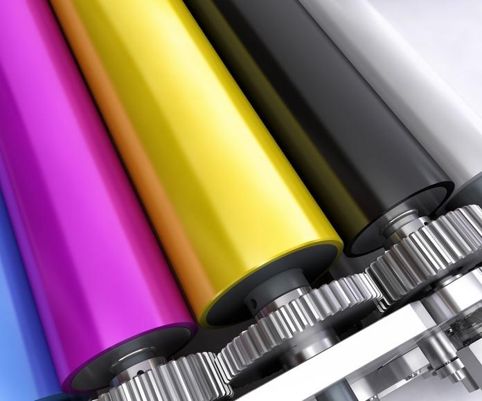 Digitalización y copiado de medios digitales: Servicios de Uvita Print