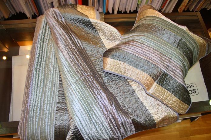 Colcha cama 1.50 cm bouti + 2 fundas de cojines. 100% algodón: Catálogo de La Cibeles