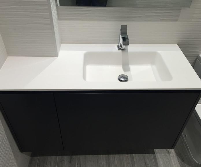 Mueble de baño con lavabo a medida