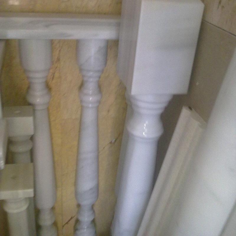 Columnas y pasamanos mazisos de marmol blanco macael