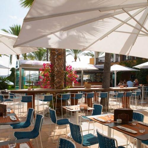 Restaurant with terrace in Puerto Portals