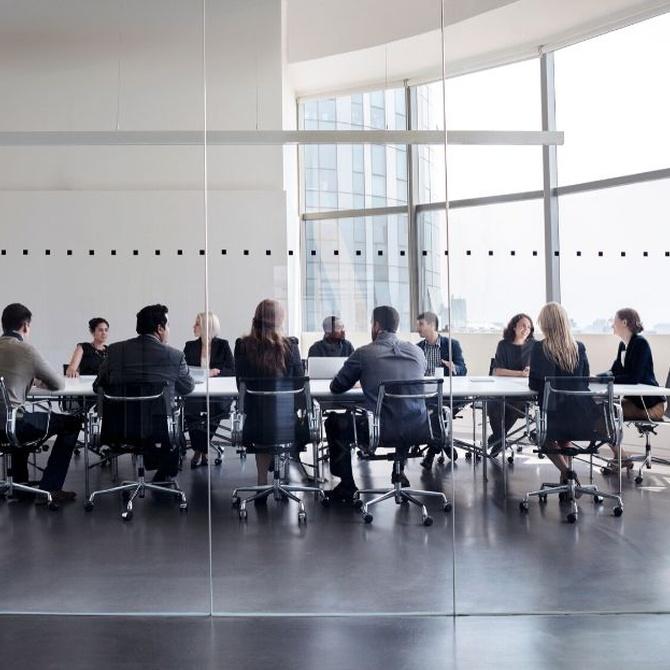¿A quién debo de recurrir a la hora de montar mi empresa?