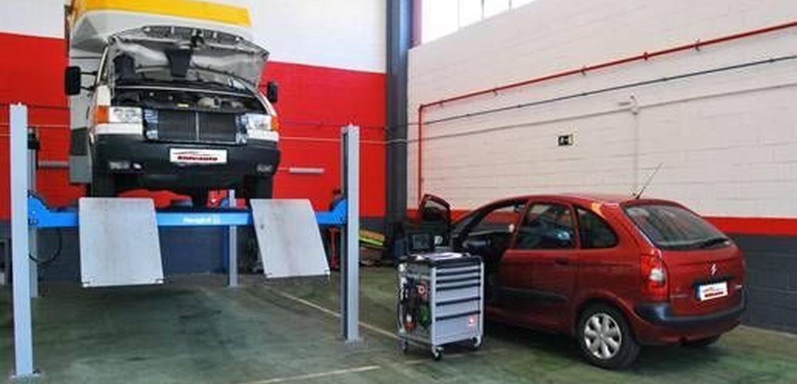 Trabajos profesionales de mecánica del automóvil en Astigarraga