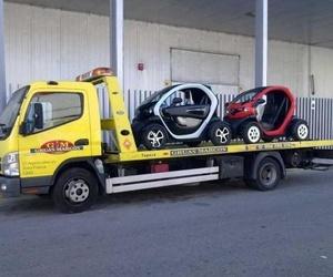 Transporte de vehículos de concesionarios de automóviles