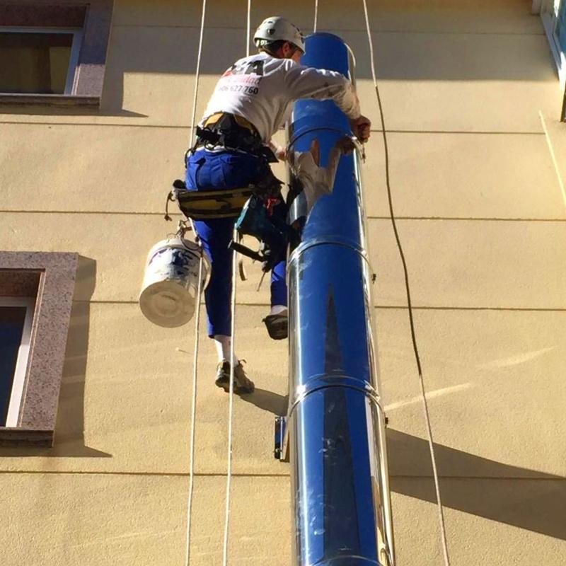Instalacion de chimeneas modulares: Trabajos de PGA Verticalidad