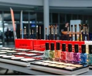 Artículos de cosmética en Almansa