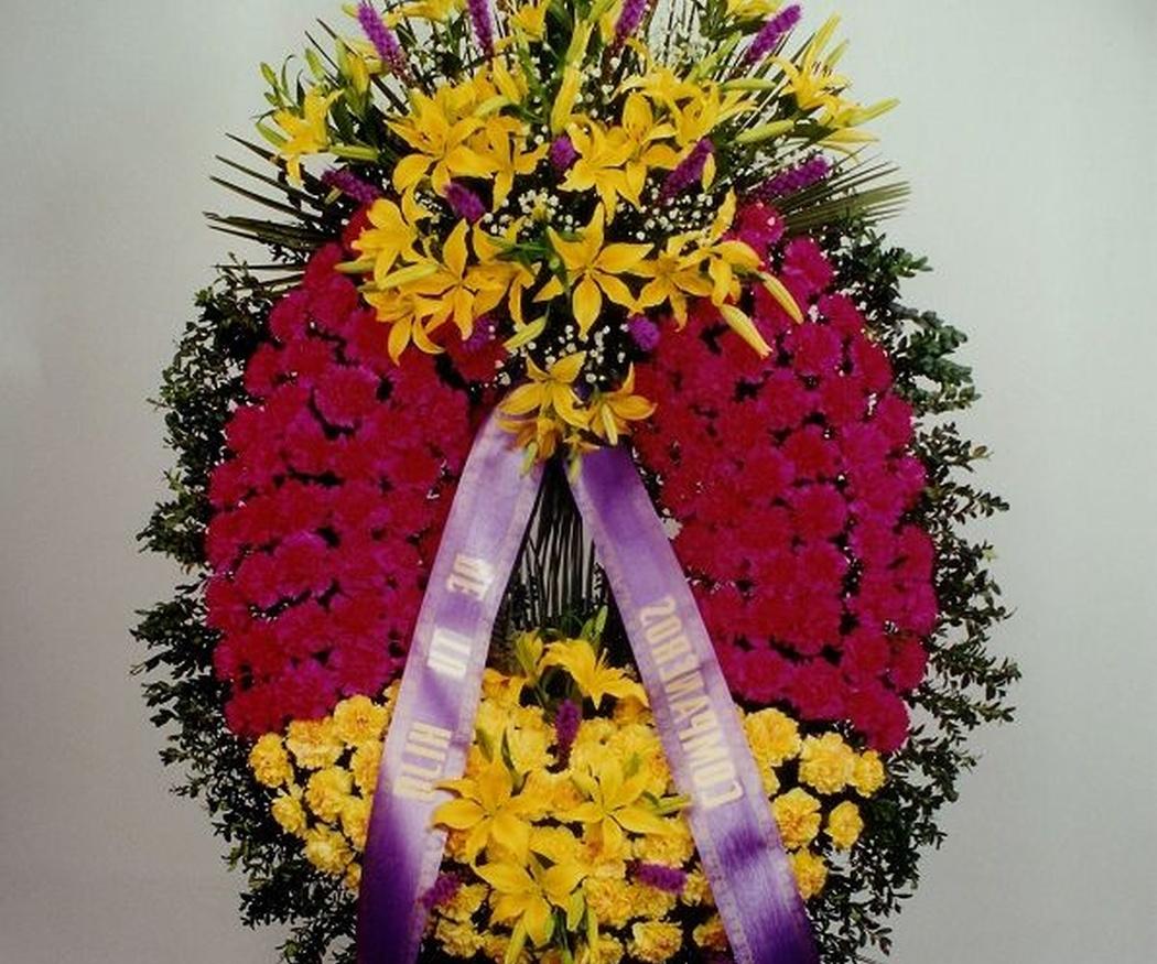 Descubre cómo se hace una corona funeraria