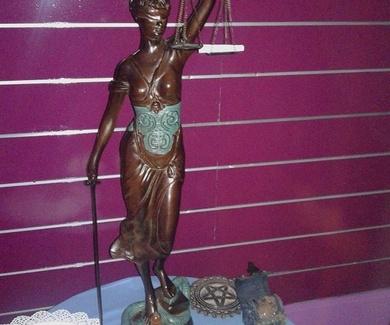 Ritual diosa de la justicia 12€