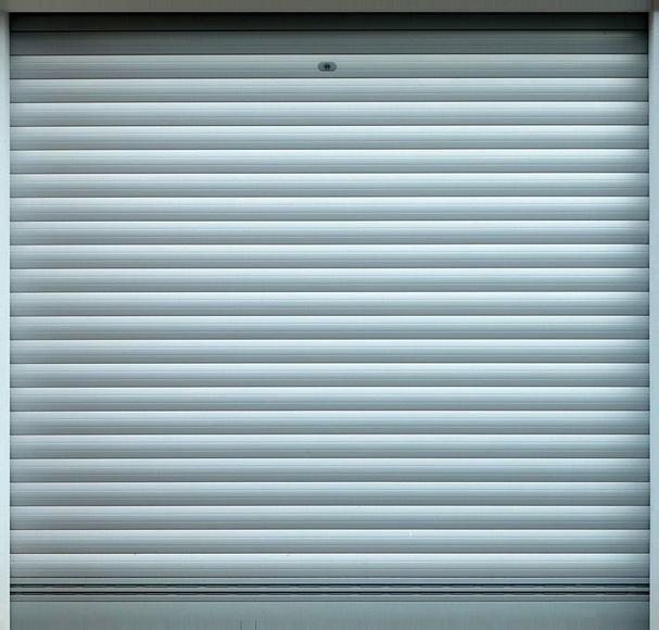 Puertas automáticas: Nuestros servicios de Todo Cubiertas Carlos Cuesta
