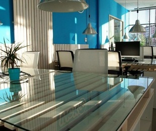 Consejos a tener en cuenta para la iluminación de tu nuevo local comercial y ahorrar energía
