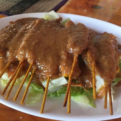 Comida tradicional tailandesa en Santa Eulalia del Río