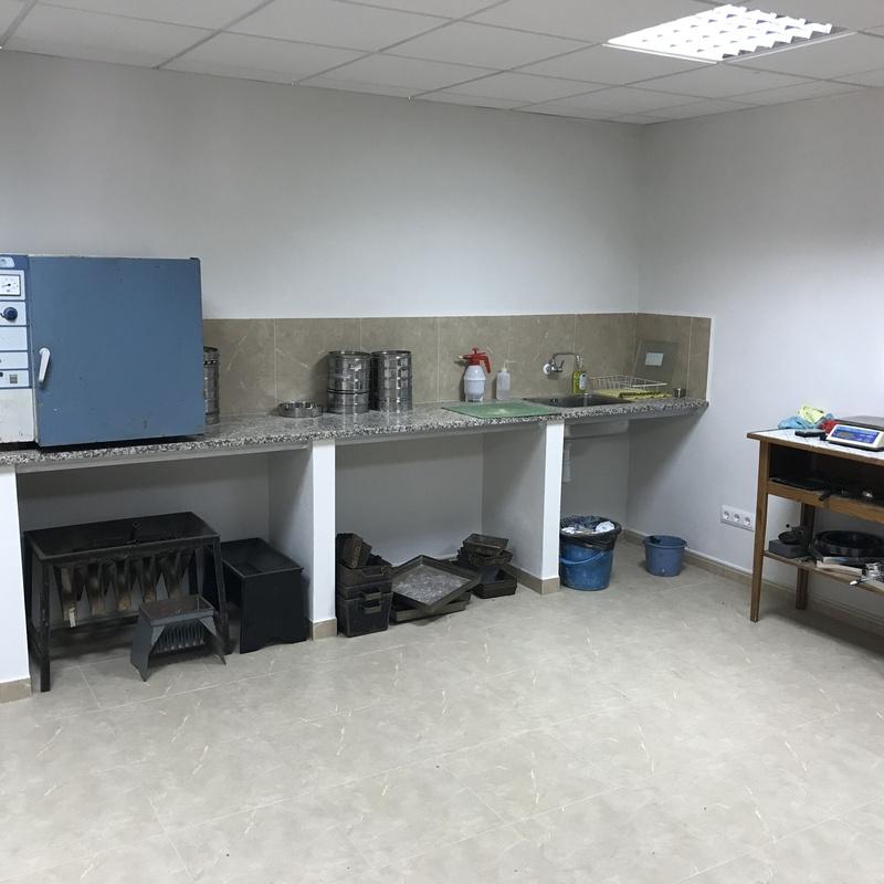 Ensayos de laboratorio de mecánica de suelos: Servicios  de Técnicas del Suelo