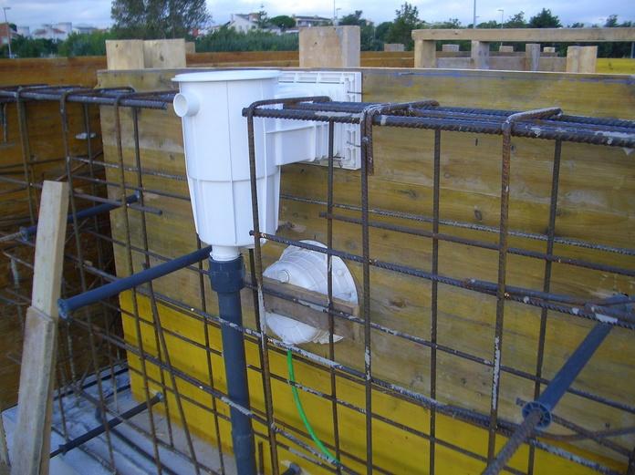 Montaje de automatismos para bombas de agua