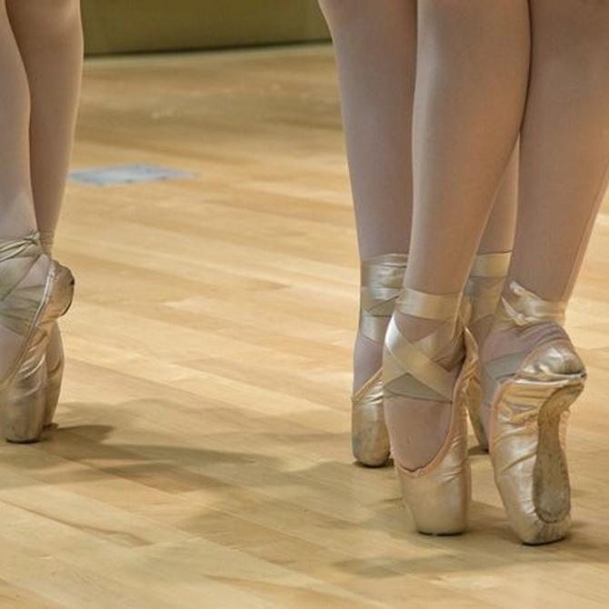 Las posiciones de los pies en el ballet clásico