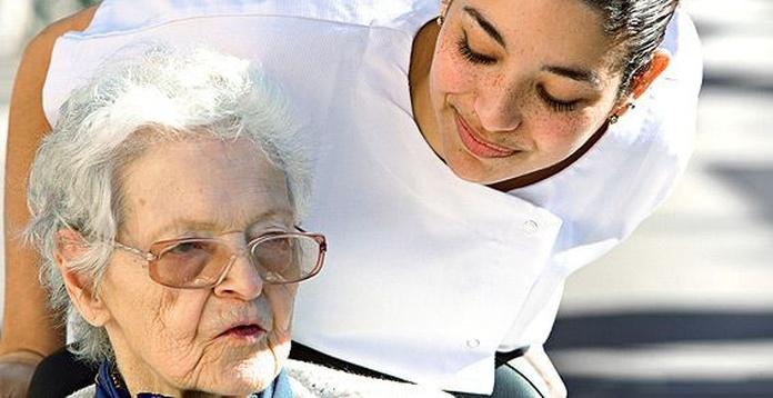 Cuidado de personas mayores: Servicios de Help at Home