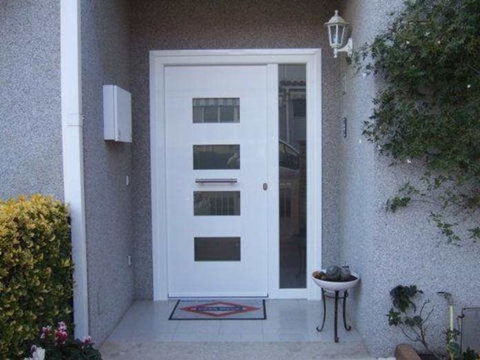 Puertas de exterior: Servicios y Trabajos de Aluminis Jordi