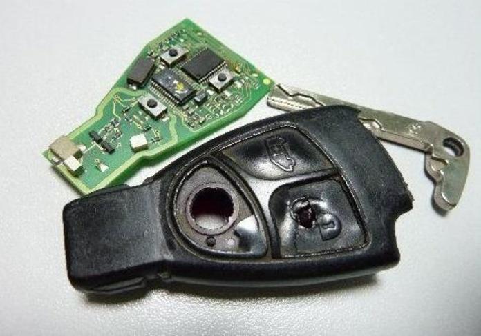 Reparacion de los mandos remotos de su vehiculo: Servicios de CLONEKEY