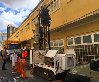 Elche paraliza las obras del estudio geotécnico del Mercado Central por carecer de permiso municipal