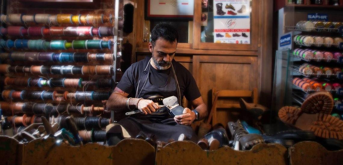 Taller especializado en reparar zapatillas deportivas en Madrid centro