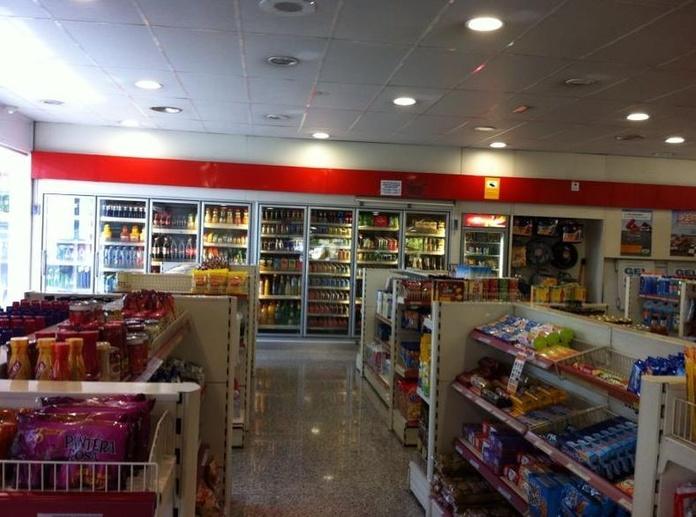 Tienda Estación de Servicio: Servicios de Servei Estació Sant Jordi