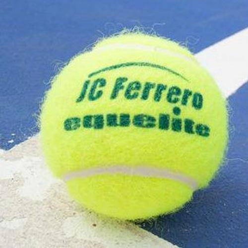 Aprender a jugar al tenis en Villena