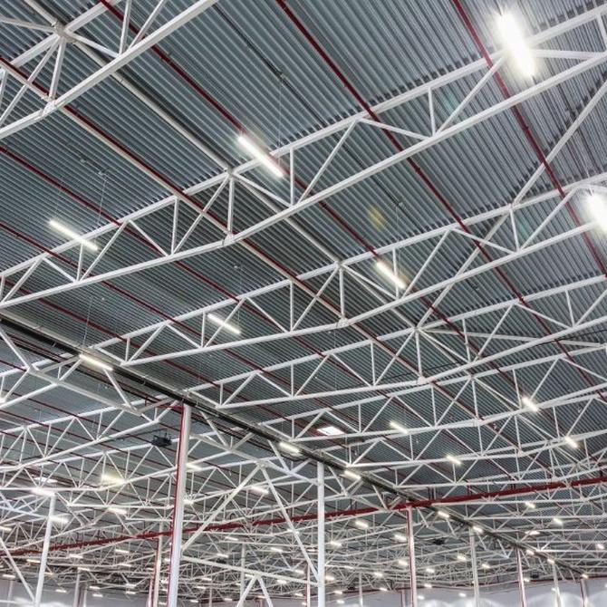 Ventajas del uso de luminarias led en naves industriales