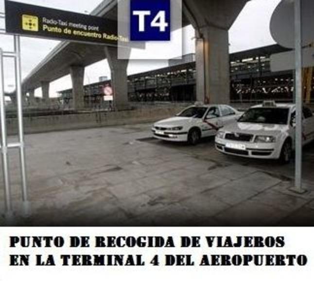 Punto de encuentro de recogida de viajeros en la terminal 4