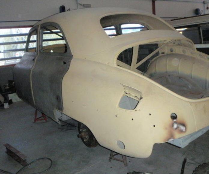 Restaurar coche Packard Madrid