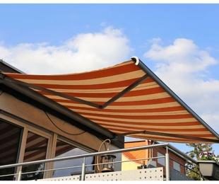 Cómo ampliar el espacio de tu casa o negocio instalando toldos
