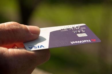 Páganos con tarjeta