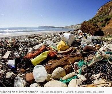Cada vez más basura de plástico se acumula en el litoral español: los desechos en las playas crecen