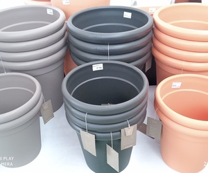 Nueva línea de macetas de materiales reciclados