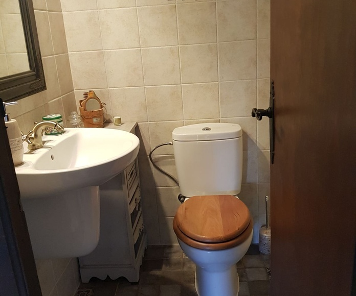 Reformas de baños: Servicios de Reformas R. Aguayo